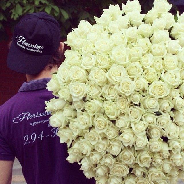 Как заказать доставку цветов в ростове купить подарок на 8 марта не дорого в спорт доставке