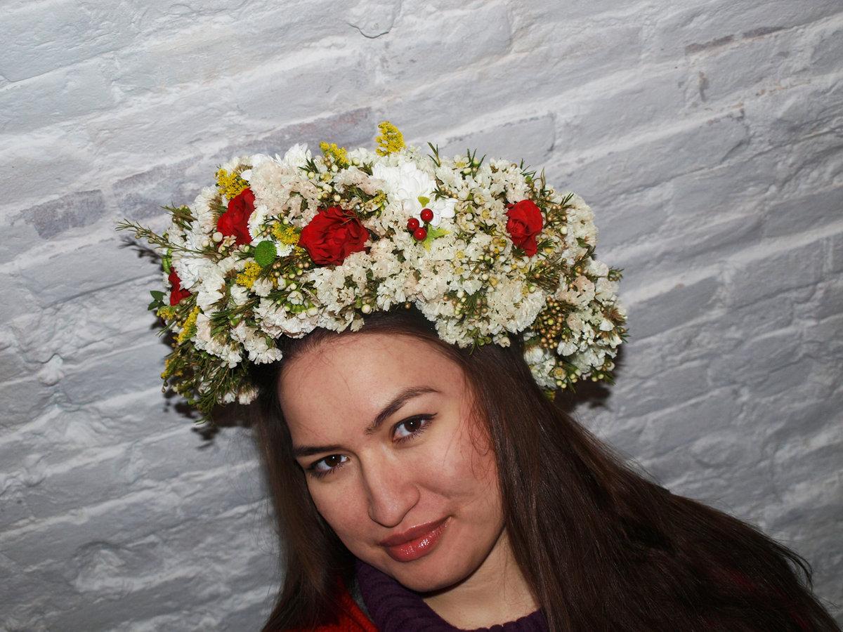 Фото венки из цветов на голову 127